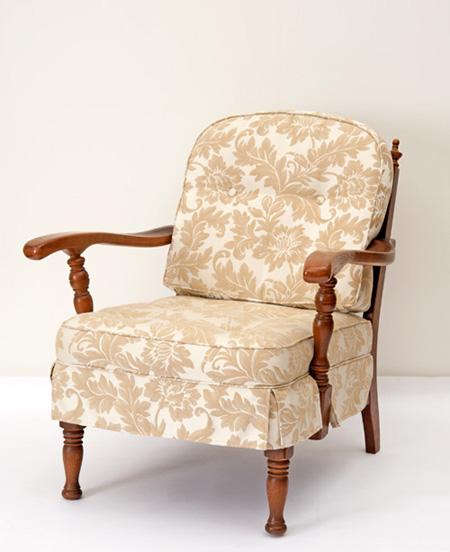 だんだんふやしていく椅子(両肘椅子) フィオレホワイト